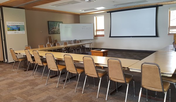 Elrod Lecture Hall in small-U setup